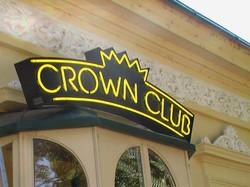 CROWN CLUB