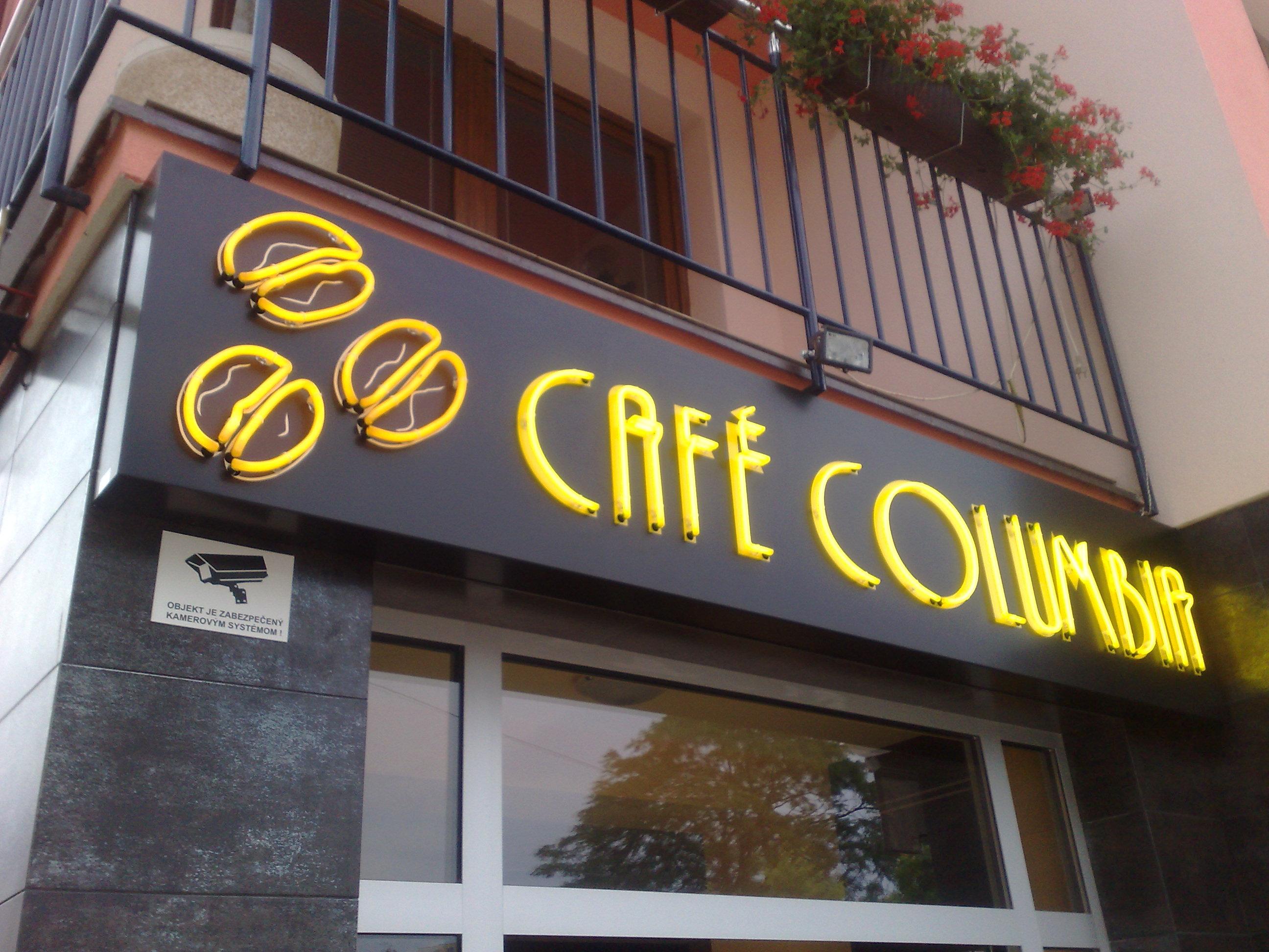 CAFÉ COLUMBIA