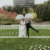 City Wedding at the Olympic Sculpture Park / Seattle