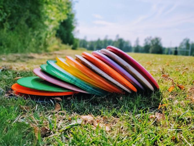Millä kiekoilla Frisbeegolf kannattaa aloittaa?