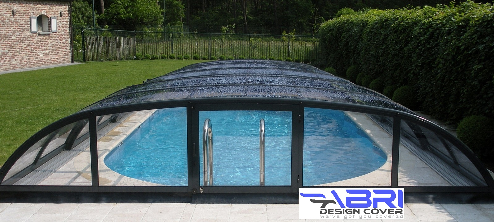 & Swimming pool covers Canada