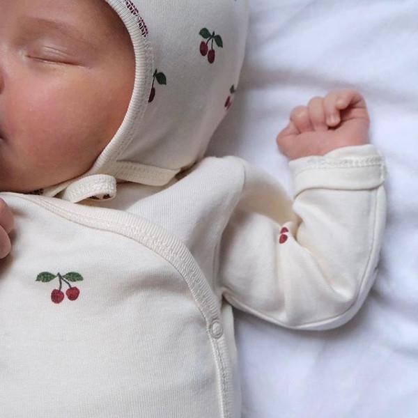 Scandinavische (Deense) babykleding van het merk Konges Sloejd