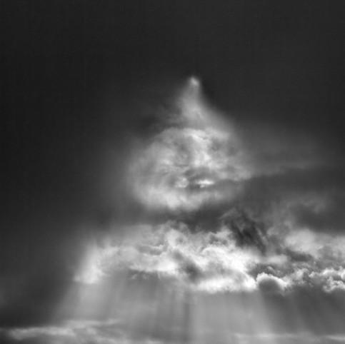 Visage dans les nuages