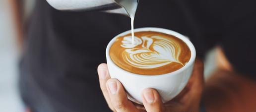 Cappuccino o caffè macchiato? Gli effetti dell'aggiunta di latte sulla qualità antiossidante del