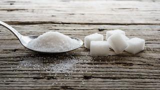 Consumo eccessivo di zuccheri aggiunti: ecco i danni alla salute dei bambini e degli adolescenti