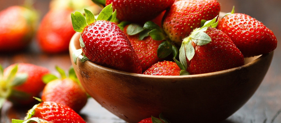 Fragole, un alimento che fa bene al cuore e non solo