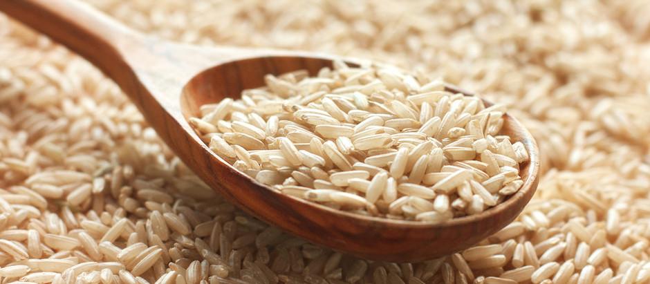 Riso integrale o riso bianco? La salute pende da un lato, il mercato dall'altro