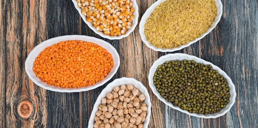 Guida alle farine di legumi, proprietà nutrizionali e come utilizzarle