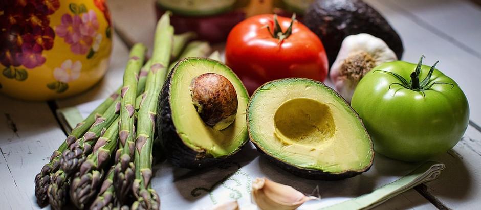 Alimentazione o singoli alimenti possono sostituire i farmaci o curare le malattie? NO!