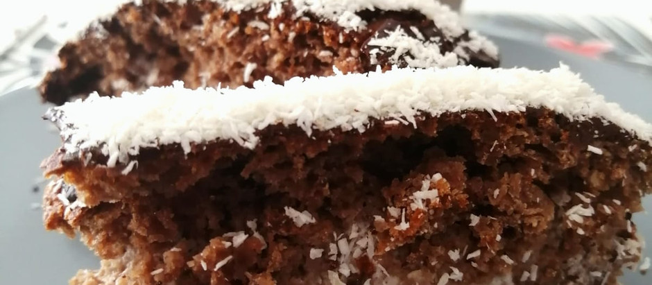 Plumcake al cacao, yogurt e cocco