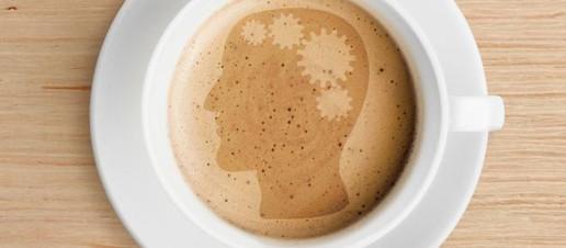 Demenza senile e declino cognitivo: ecco i benefici del caffè