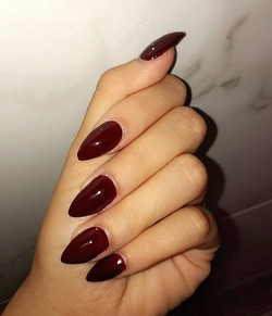 #red #halloweennails #nailsbyann #stilet