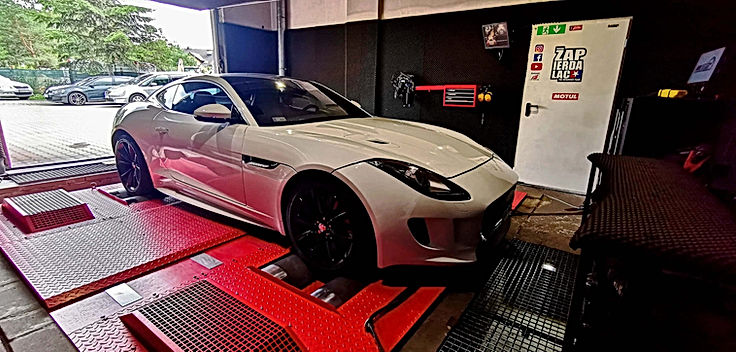 Jaguar f-type S.jpg