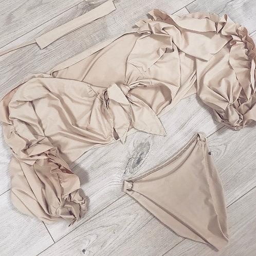The ruffle knot bikini