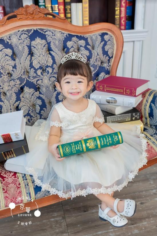 玫如媽咪 全家福推薦-京華婚紗-百坪大的室內外攝影空間