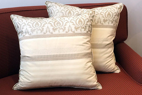 Pair of Geno Cream Pattern Pillows