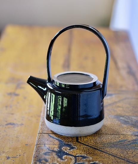Teapot in Black