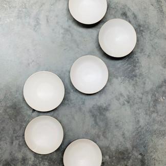 Speckled white large bowls