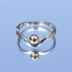 gold ball ring 02