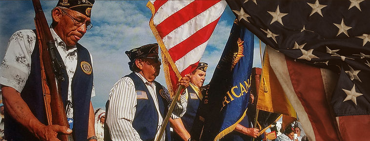 vets with flag.jpg