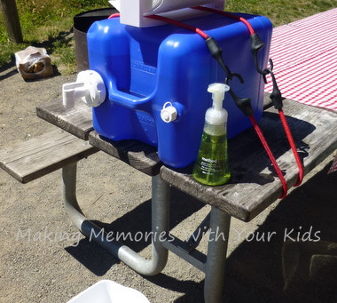 Camping Hand Washing Station
