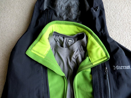 Dressing for Winter Hiking. Layering explained.