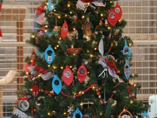 Holiday Ornament Tree of Memories