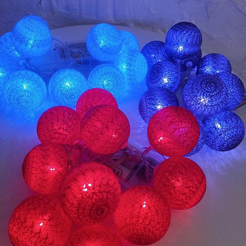 Гирляды с нитяными шариками