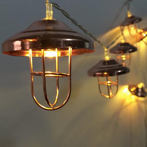 Гирлянда с фонариками