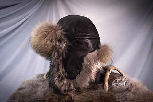 Mørkebrun skinnlue av okse med mår pels