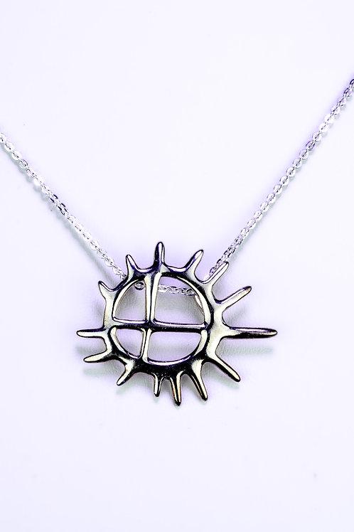 Samisk sol (beaivi) smykke
