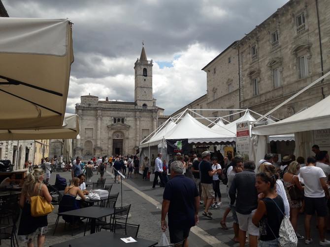 Ascoliva inserita da Gambero Rosso tra i 7 migliori eventi gastronomici italiani. Il programma dei p
