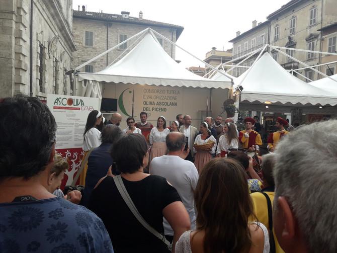 Inaugurata l'edizione 2018 di Ascoliva. Tantissimi visitatori alla prima giornata