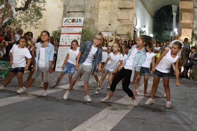 Danza sotto le stelle, un folto pubblico per la serata ad Ascoliva Festival