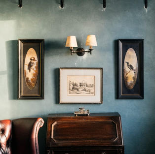 Double Whitmore wall light
