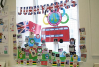 Assorted jubilee and olympics related items
