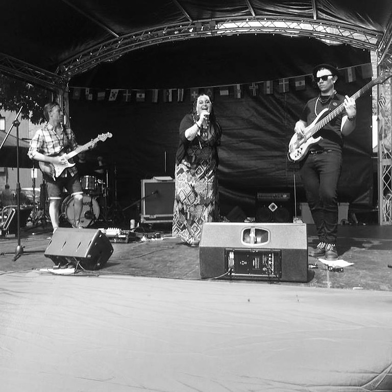 Marianna & The Nation live at the Food Fest ( Headline)