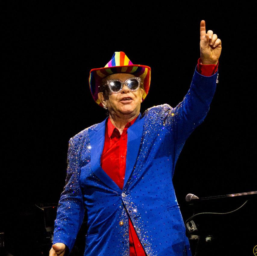 Elton John-24