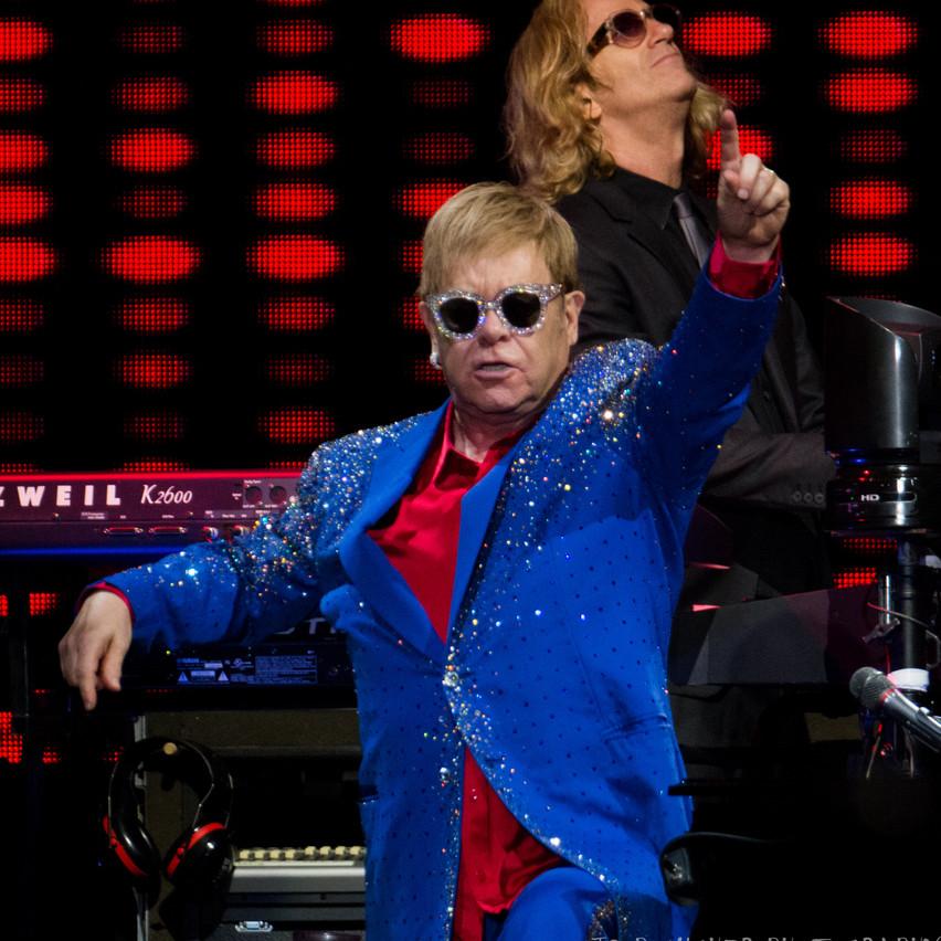 Elton John-10