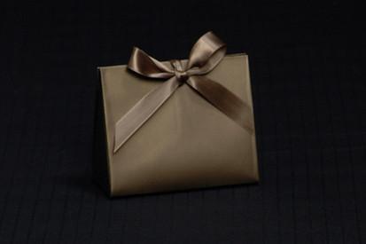 Matte Chocolate Purse Box