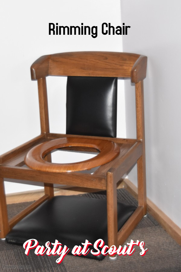 Rimming Chair