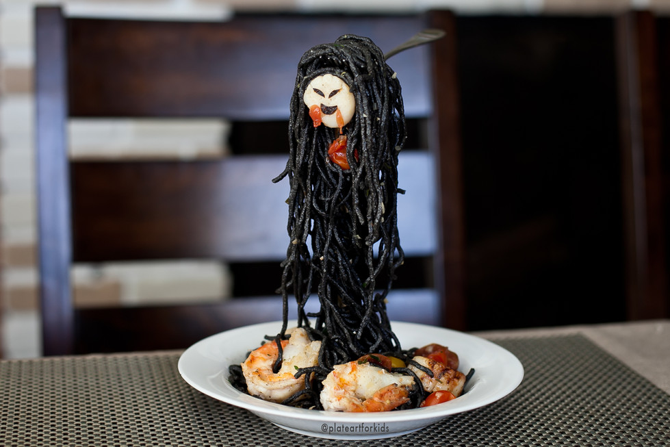 The Floating Ghost - Squid Ink Pasta with Shrimps and Scallops