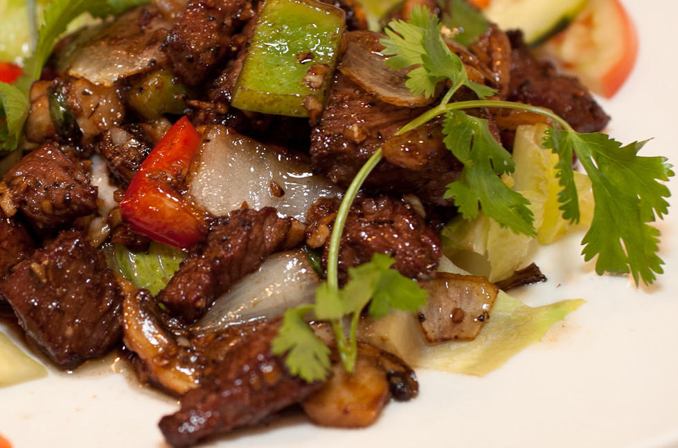 Quick and Easy Shaking Beef (Bò Lúc Lắc)