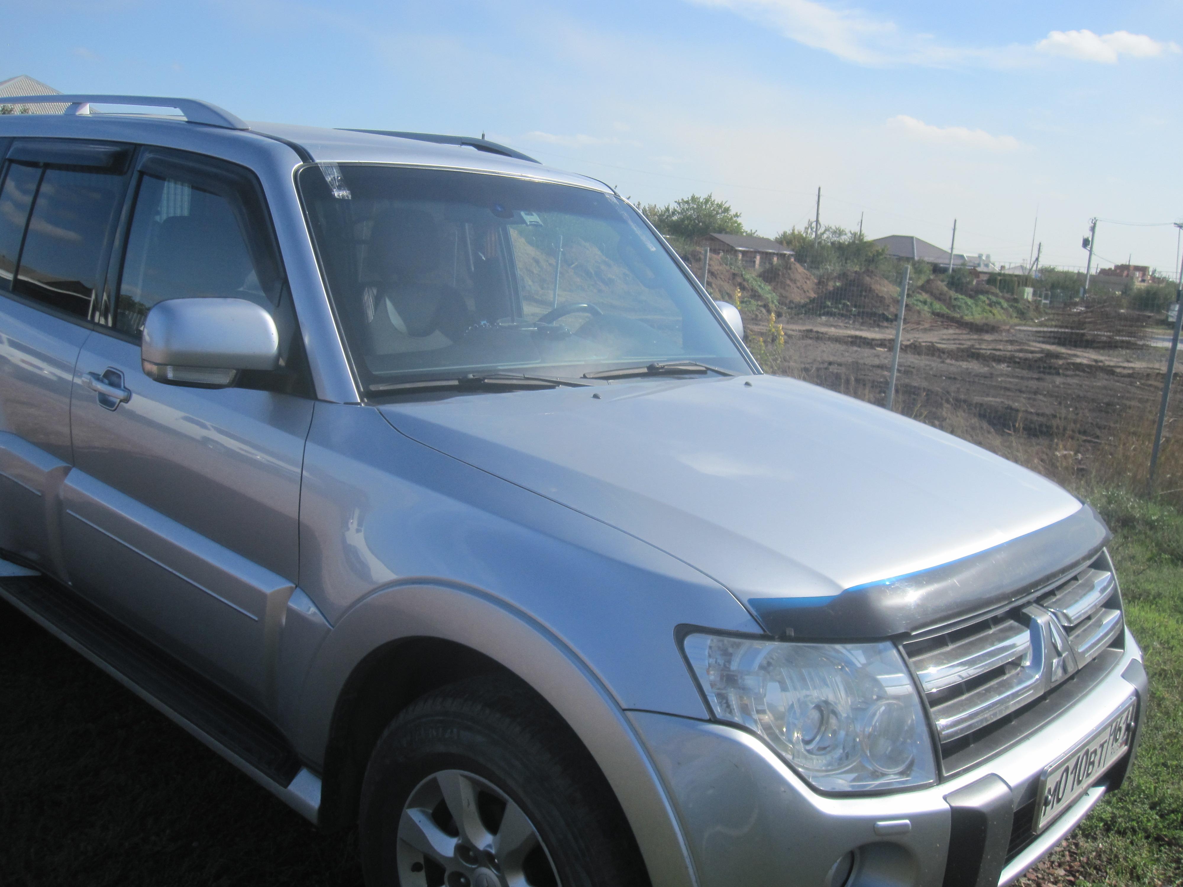Установка стекла Mitsubishi Pajero
