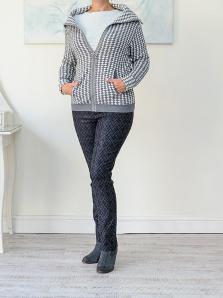 Grey/white retro cardigan