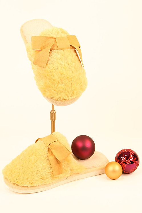 Lemon faux fur slippers