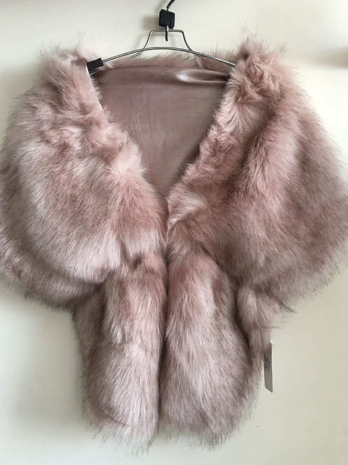 Dusky pink faux fur collar/shawl