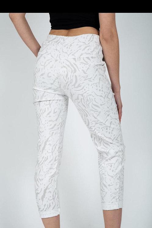 White dash magic trousers