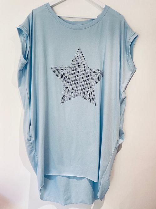 Blue studded star pocket top