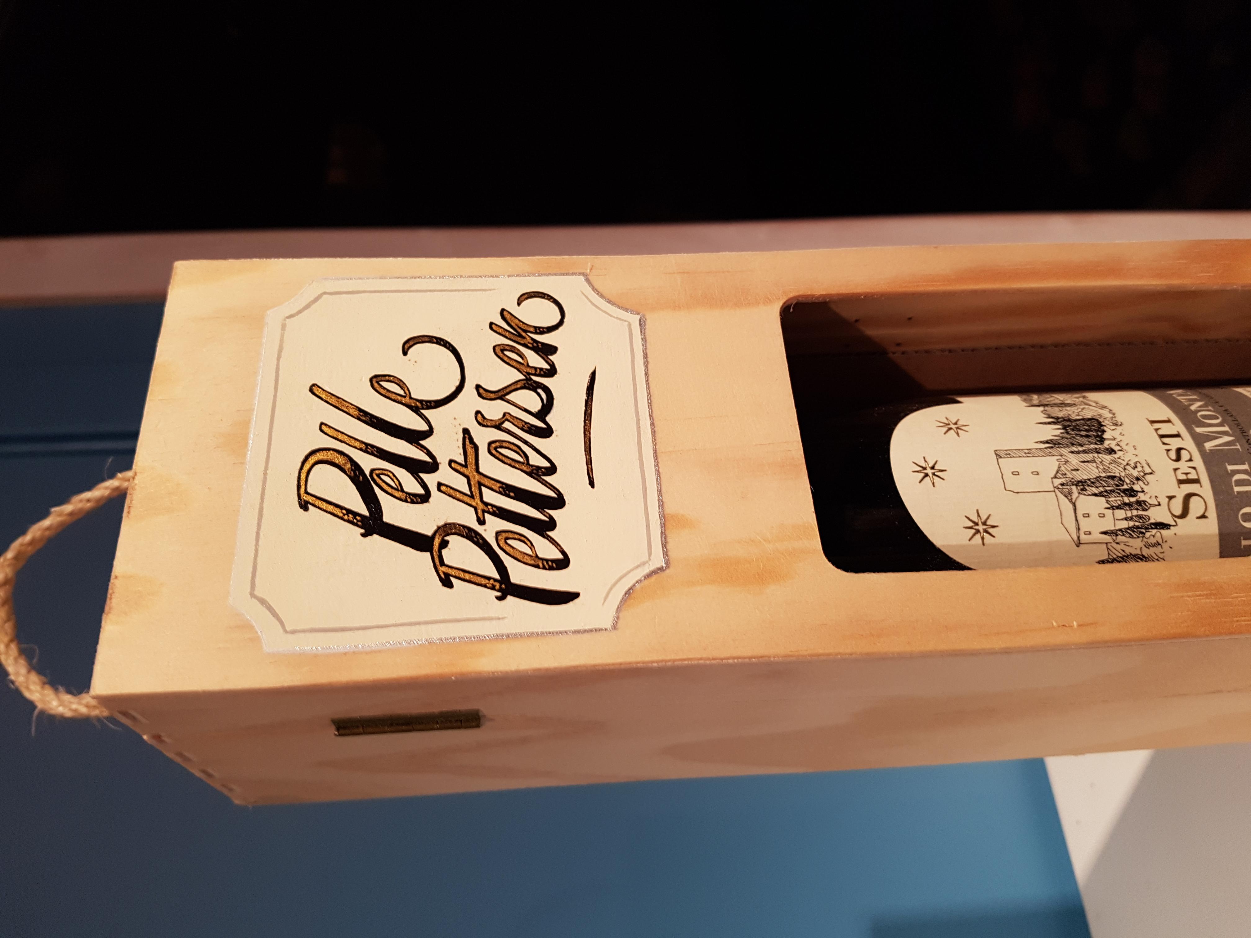 Dåpsgave Custom vinkasselogo